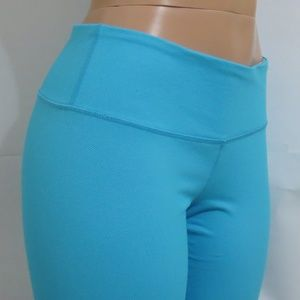 ⭐For Bundles Only⭐Lululemon Pants Capri Blue 12